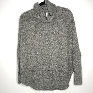 Leo and Nicole Gray Heathered Turtle Neck Sweater
